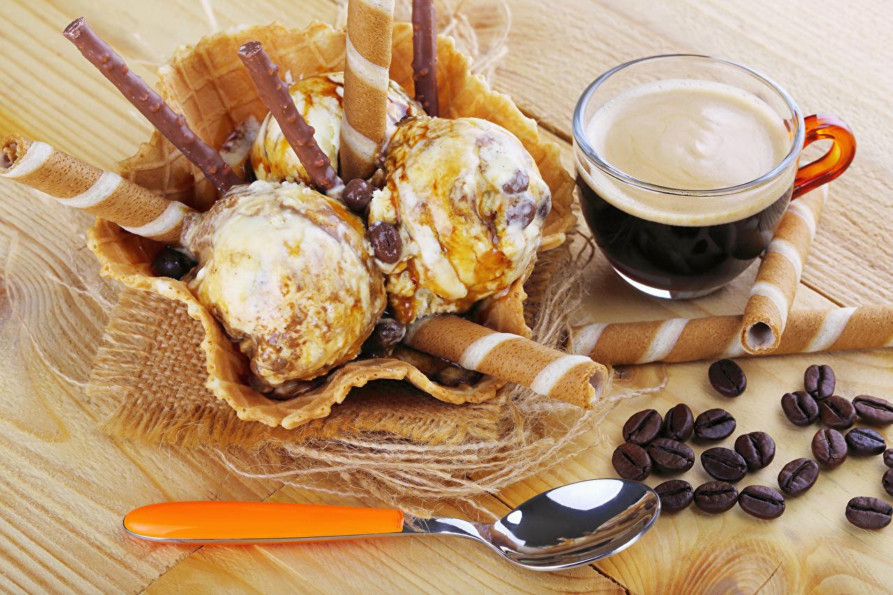 Foto Kaffee Speiseeis Getreide Tasse Löffel das Essen Süßware Bretter Lebensmittel Süßigkeiten