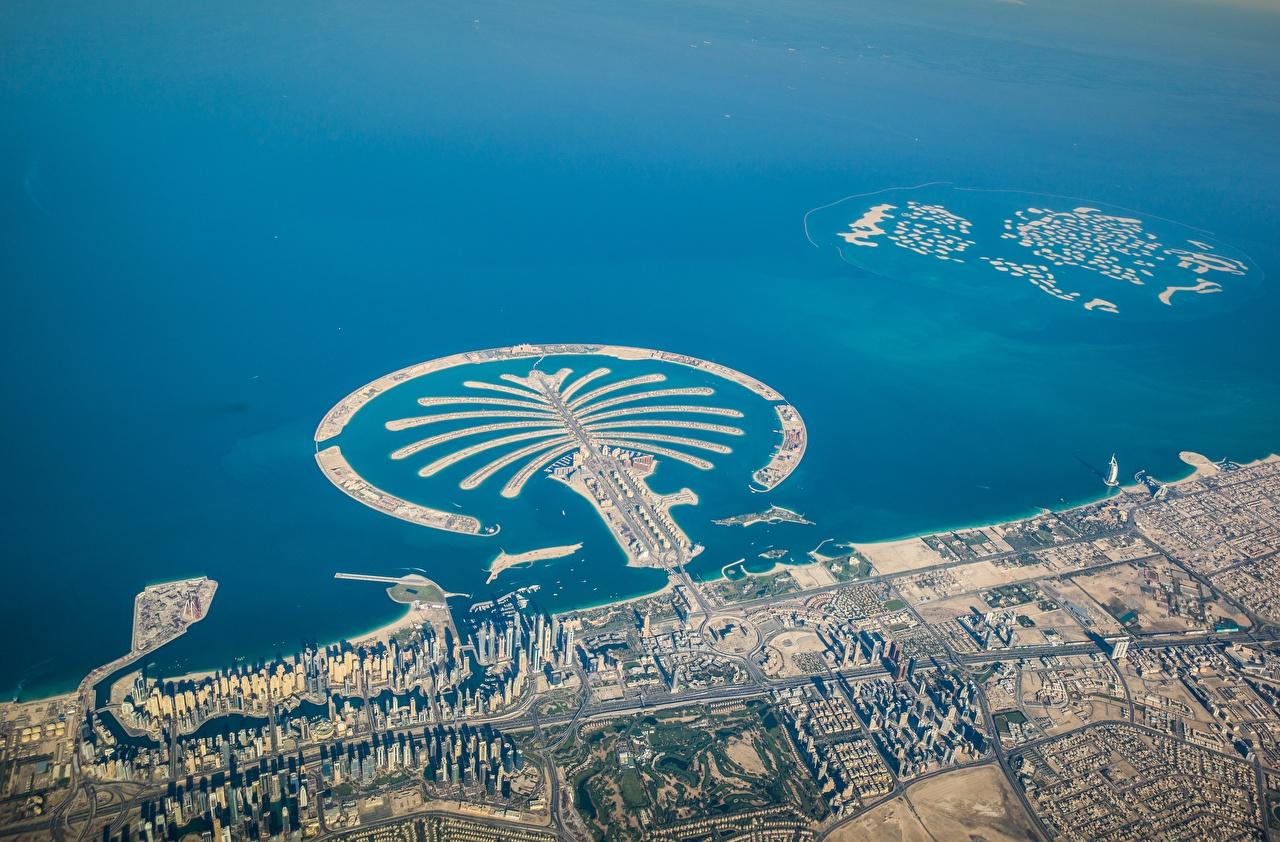 Foto Dubai Palm Jumeirah Isola Vista dall'alto Città