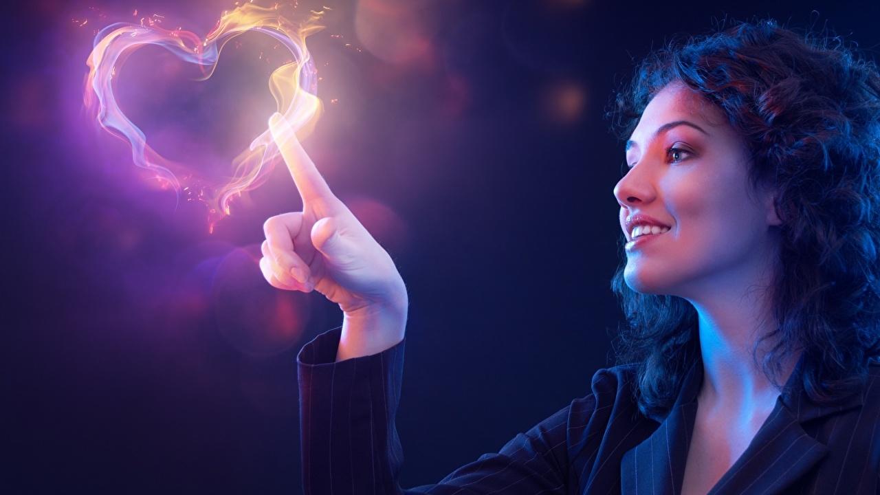 Bilder Magie Herz Lächeln Fantasy Mädchens Hand Finger Blick Starren