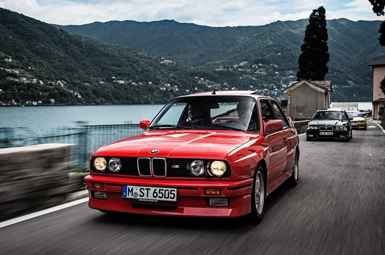 Image BMW E30, 1986 Coupe Red at speed Cars Front moving riding Motion driving auto automobile