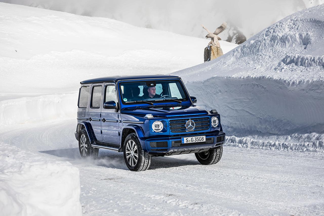 Mercedes-Benz_2019_G_350_d_Worldwide_Blue_SUV_561258_1280x853.jpg