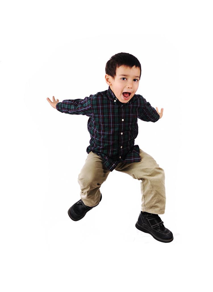 Fotos jungen Glücklich kind Sprung Hand Weißer hintergrund  für Handy Junge Freude fröhliches glückliche fröhlicher glücklicher glückliches Kinder
