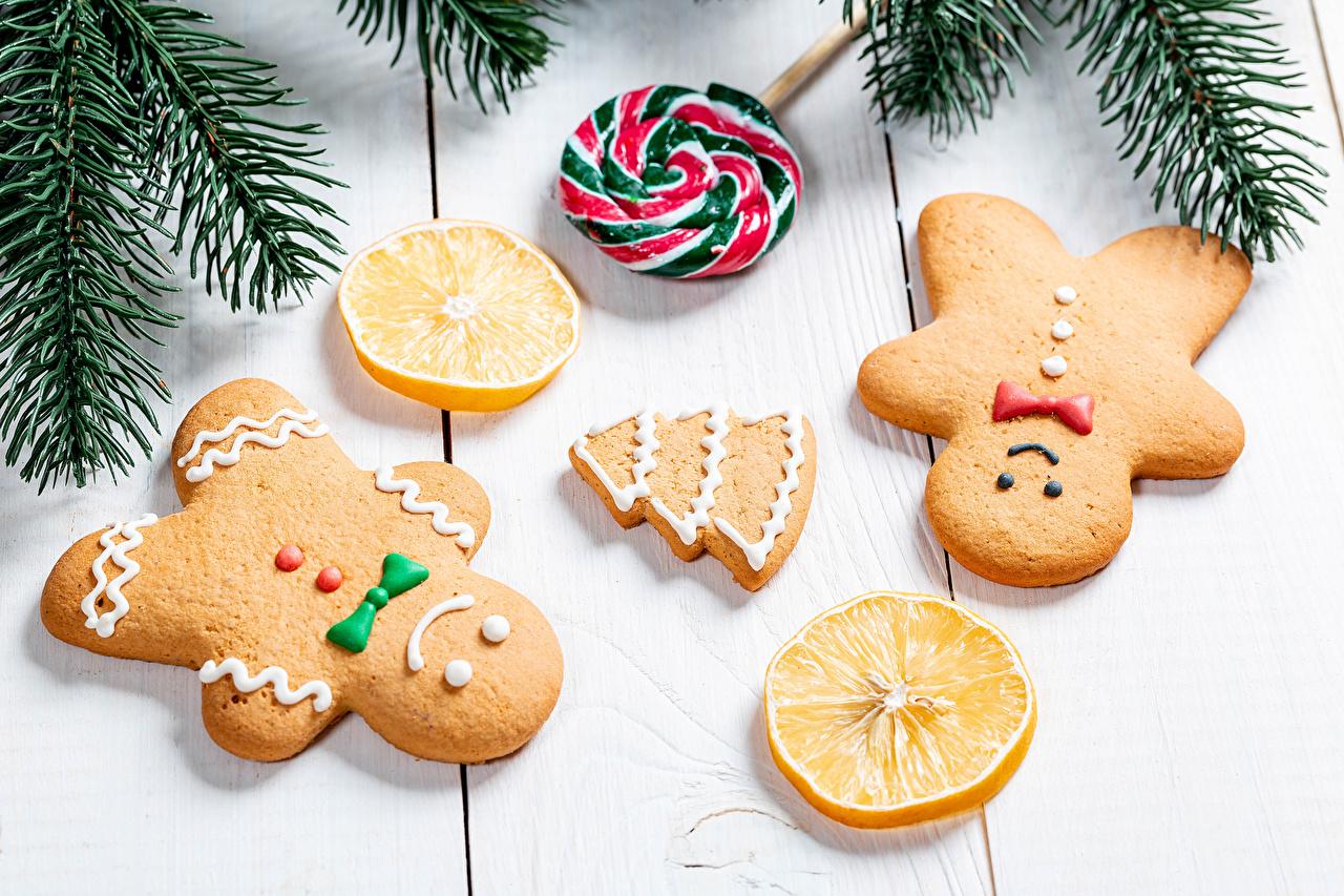 Desktop Wallpapers Christmas Lollipop Christmas tree Lemons Food Cookies Branches Design Wood planks New year New Year tree boards