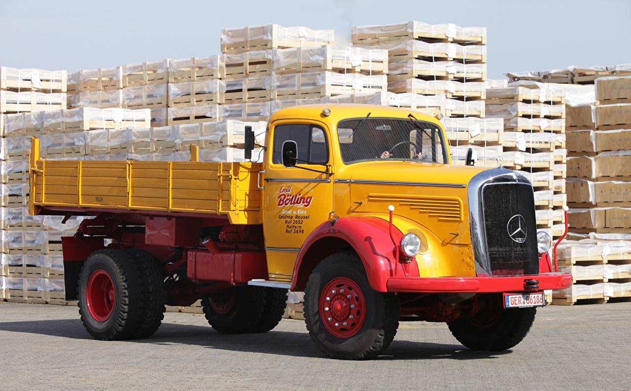 Image Trucks Mercedes-Benz Yellow Cars lorry auto automobile