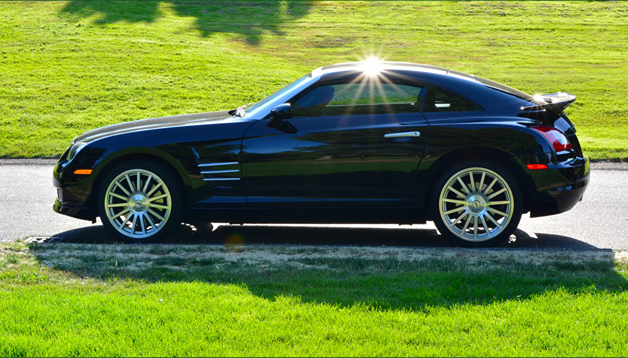Desktop Wallpapers Chrysler 2005 Crossfire SRT6 Black Side automobile Cars auto