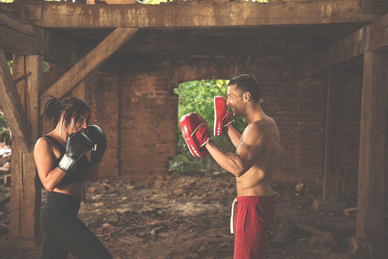 Pictures Brown haired Men Two female athletic Boxing Man 2 Girls Sport sports young woman