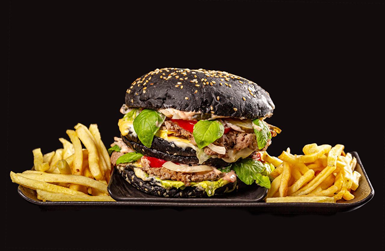 Picture rissole Black Hamburger French fries Food Black background meatballs Frikadeller finger chips