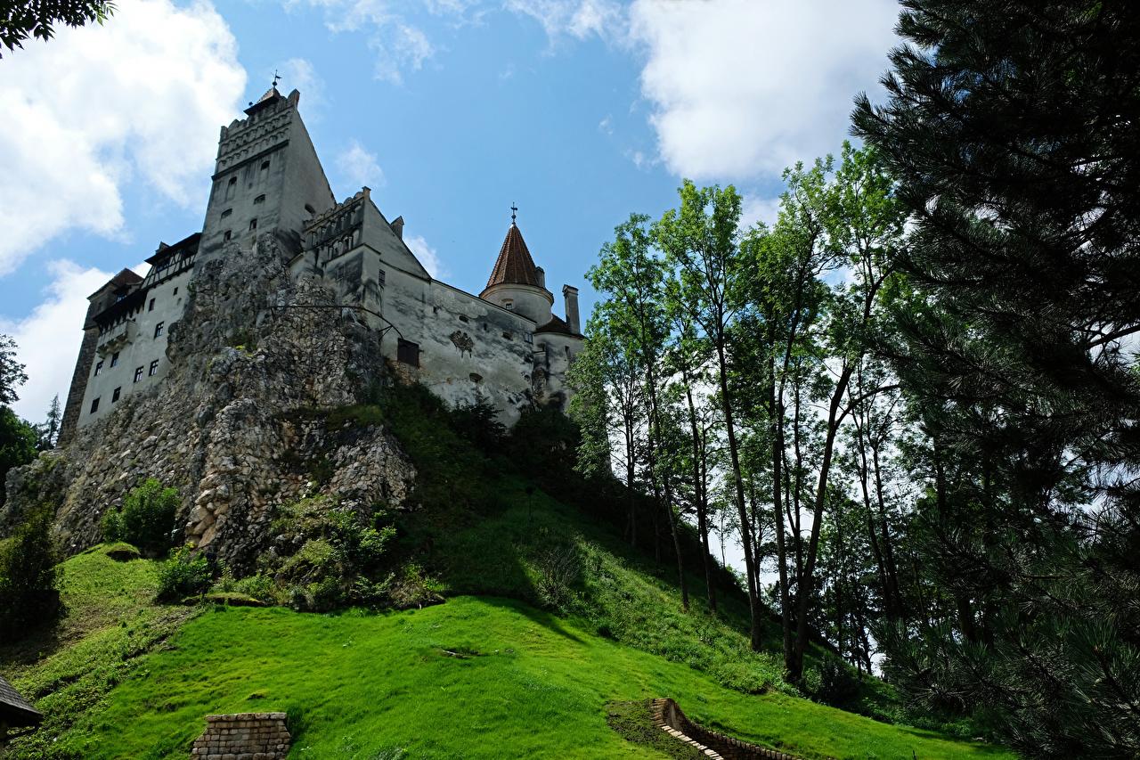 Fotos von Rumänien Bran Castle Transylvania Burg Städte