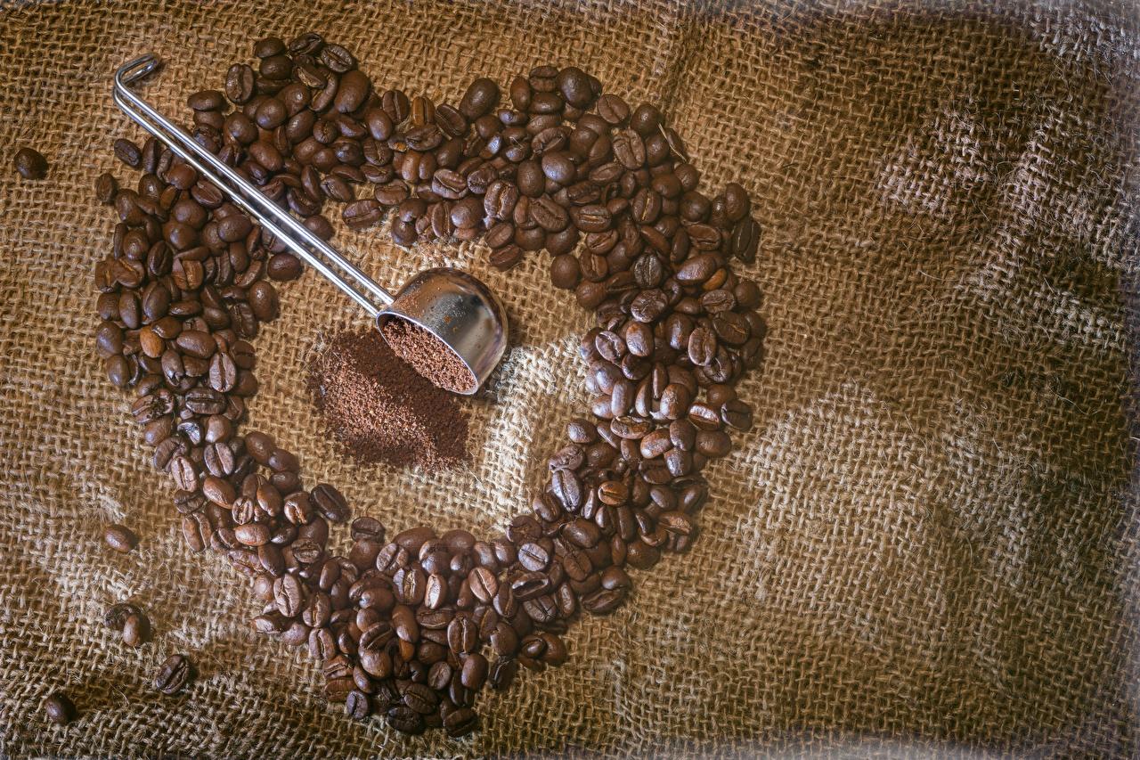 Fotos Herz Kaffee Getreide das Essen Nahaufnahme Lebensmittel hautnah Großansicht