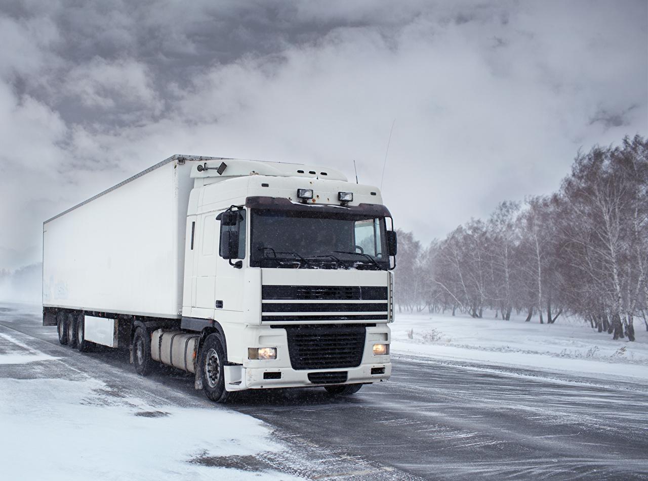 Photos Trucks White Winter Snow Cars lorry auto automobile
