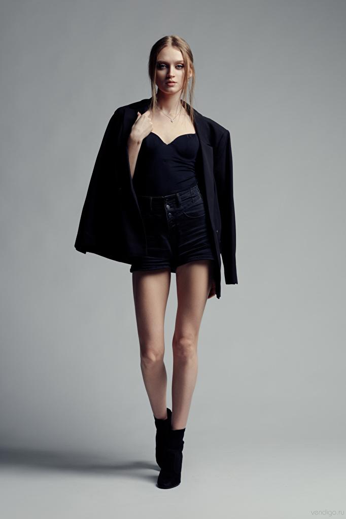 Foto Evgeniy Bulatov Model Pose junge Frauen Bein Sakko Starren  für Handy posiert Mädchens junge frau Blick