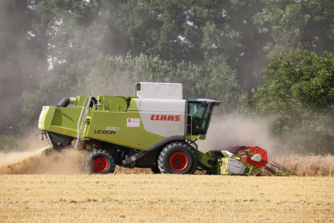 Photos Combine harvester German claas lexion 630 Fields Side