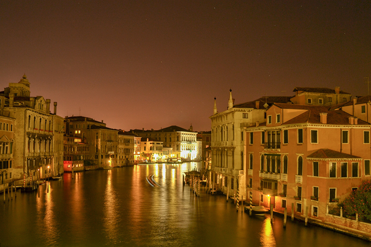 Photos Venice Italy Canal Night Cities Building night time Houses