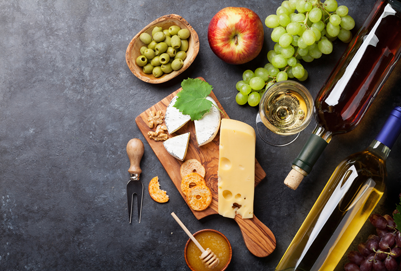 Photos Wine Olive Cheese Apples Grapes Food Bottle Stemware Cutting board