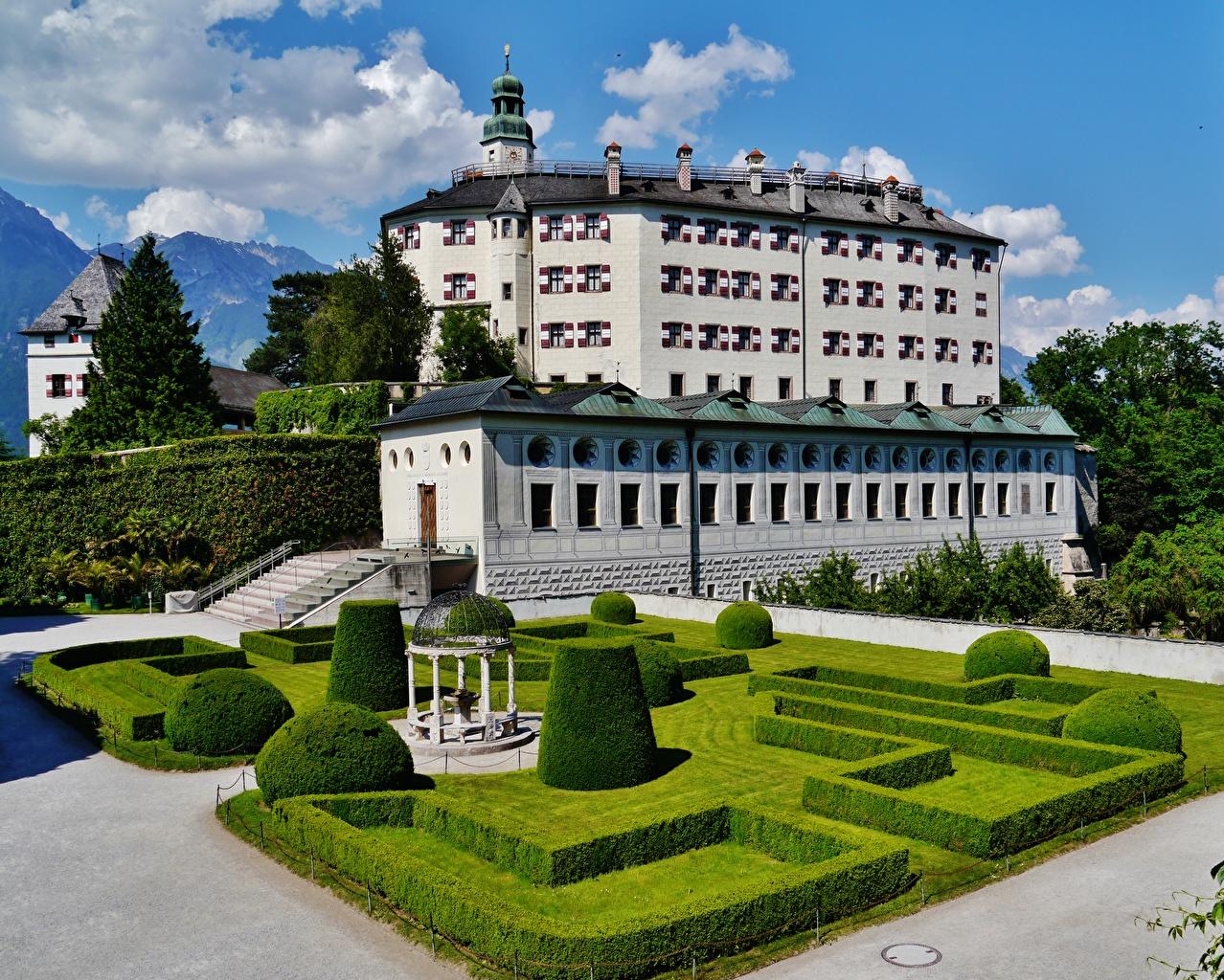 Afbeeldingen Oostenrijk Museum Ambras Castle, Innsbruck Burcht Struiken een stad Ontwerp musea Steden