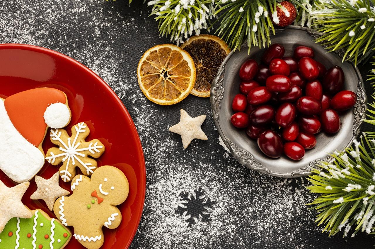 Bilder von Neujahr Ast Kekse Beere