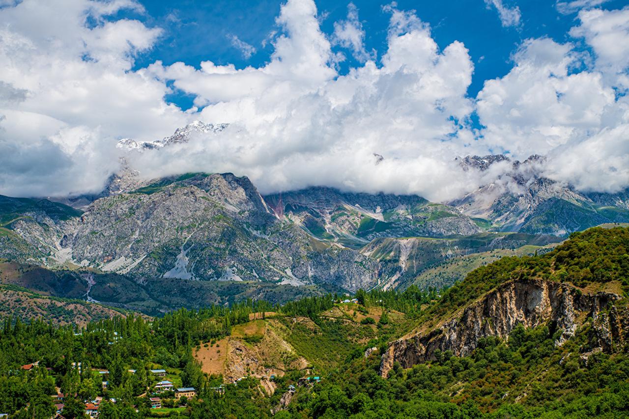 Bilde Arslanbob, Kyrgyzstan Fjell Natur Landskap Skyer landskapsfotografering