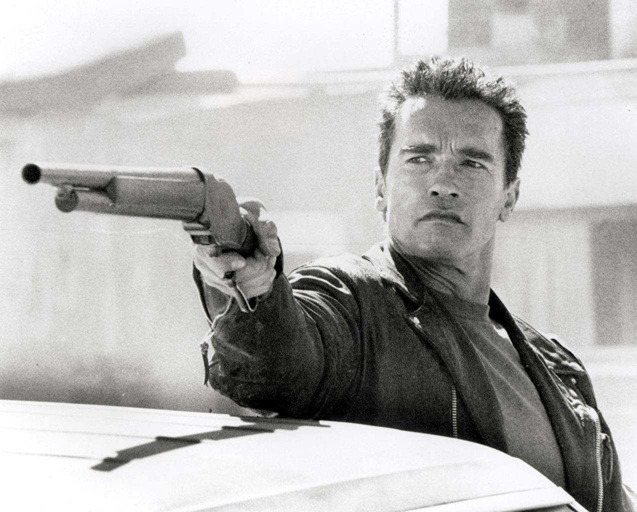 Foto Terminator 2: Judgment Day Arnold Schwarzenegger jachtgeweer een man Films Beroemdheden Hagelgeweer Mannen film