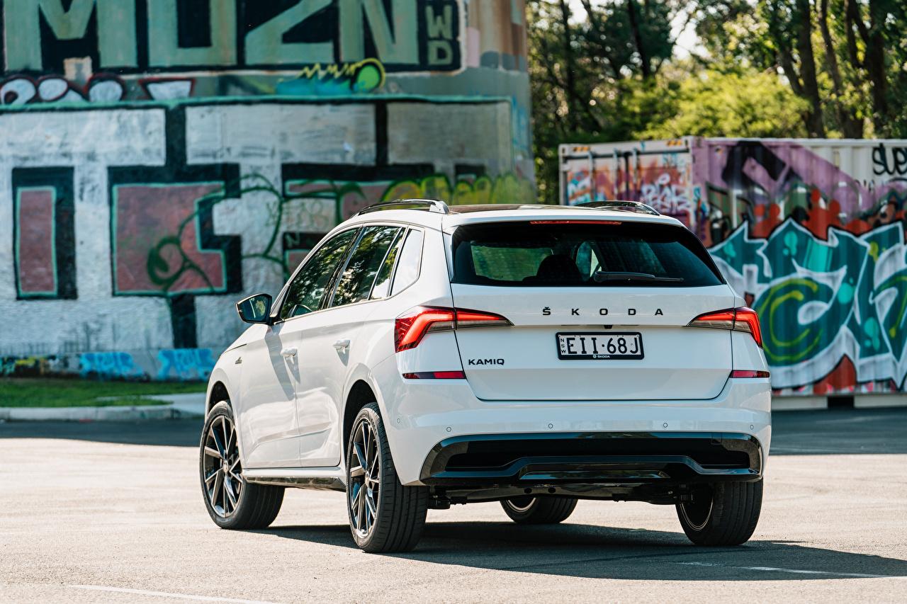 Desktop Wallpapers Skoda CUV Kamiq Monte Carlo AU-spec, 2020 White Metallic Back view automobile Crossover Cars auto
