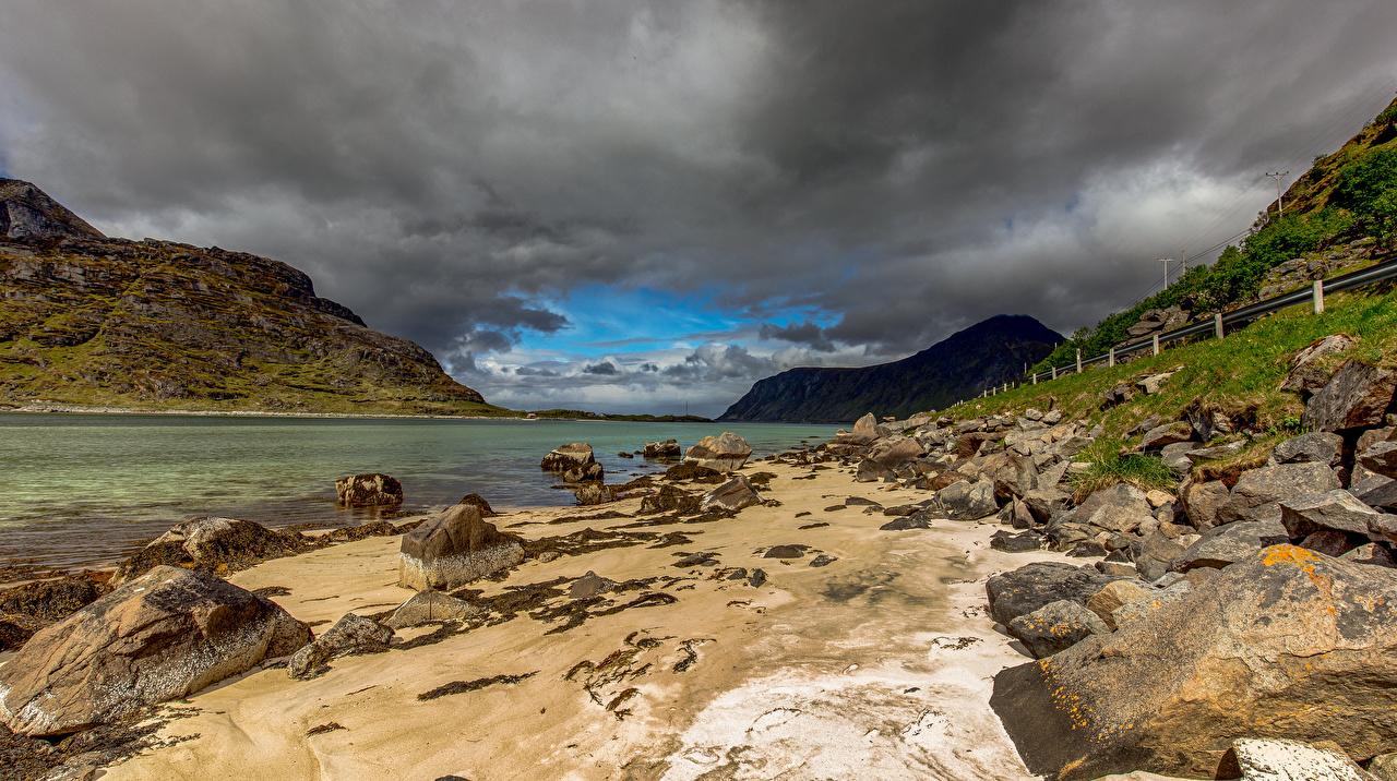 Bilder Norwegen Uttakleiv beach Berg Natur Stein Wolke Gebirge Steine