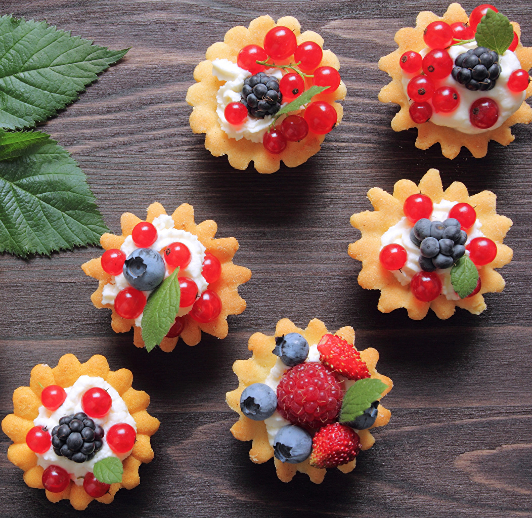 Image Currant Raspberry Blueberries Food Cake Sweets