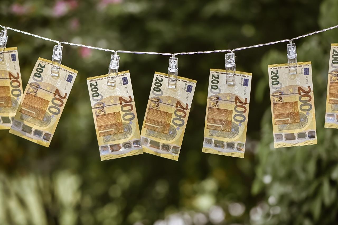 Fotos Euro Papiergeld Wäscheklammer 200 Geld Banknoten Geldscheine