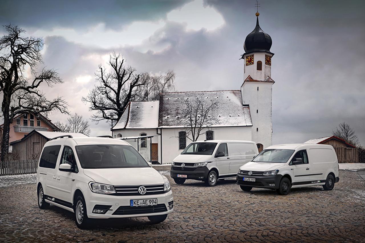 Desktop Hintergrundbilder Volkswagen Caddy, Transporter Weiß auto Drei 3 Autos automobil
