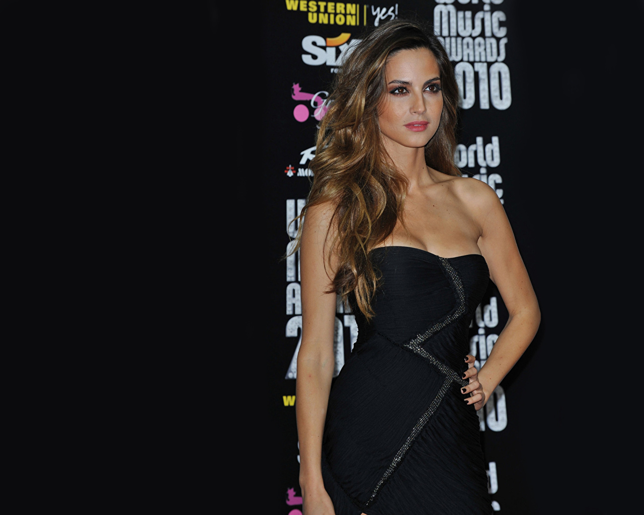 Picture Ariadne Artiles female frock Girls young woman gown Dress