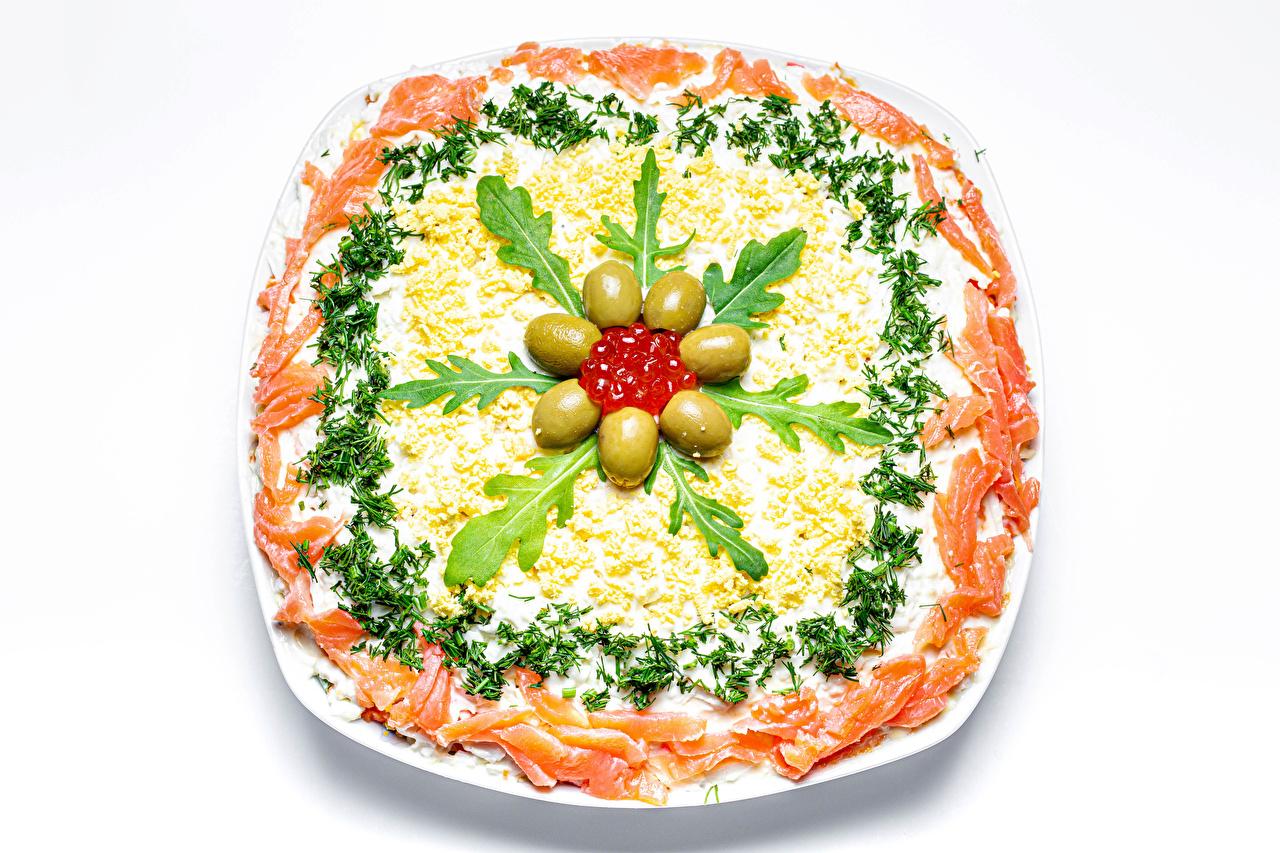 Fotos Oliven Kaviar Fische - Lebensmittel Salat Gemüse Lebensmittel Meeresfrüchte Weißer hintergrund Rogen Caviar das Essen