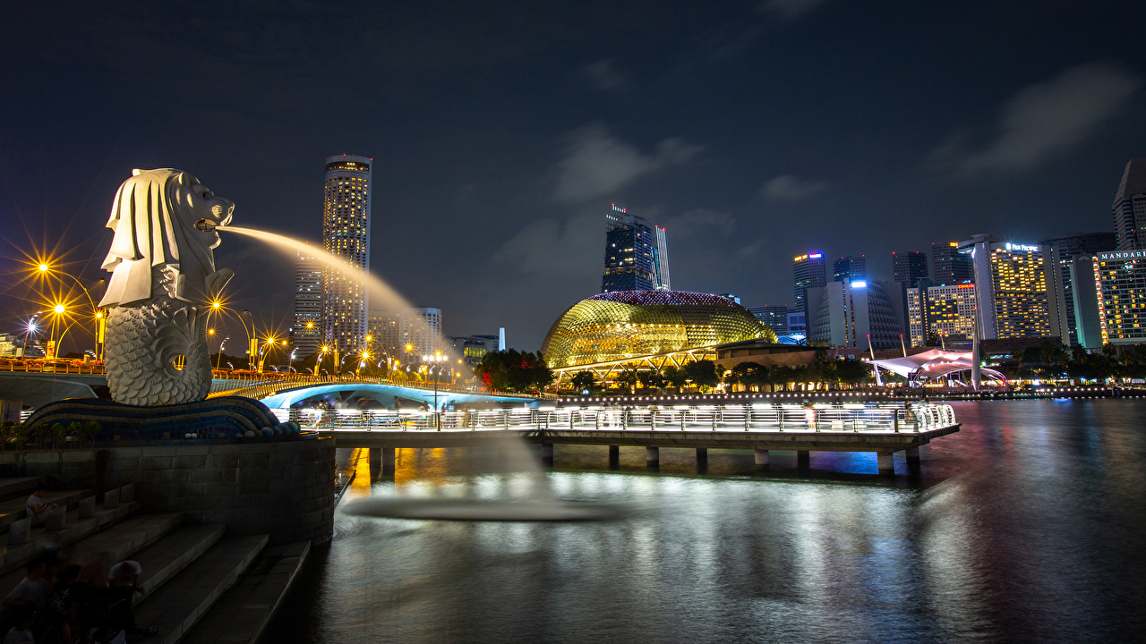 Images Rays of light Singapore Merlion Park Parks Berth Night Houses Cities Sculptures park Pier Marinas night time Building