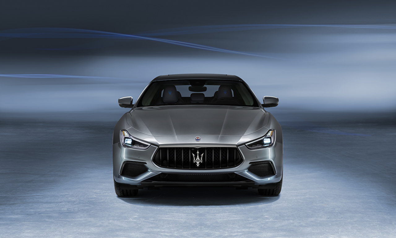 Pictures Maserati Ghibli GranSport Hybrid, M157, 2020 Grey auto Front Metallic gray Cars automobile