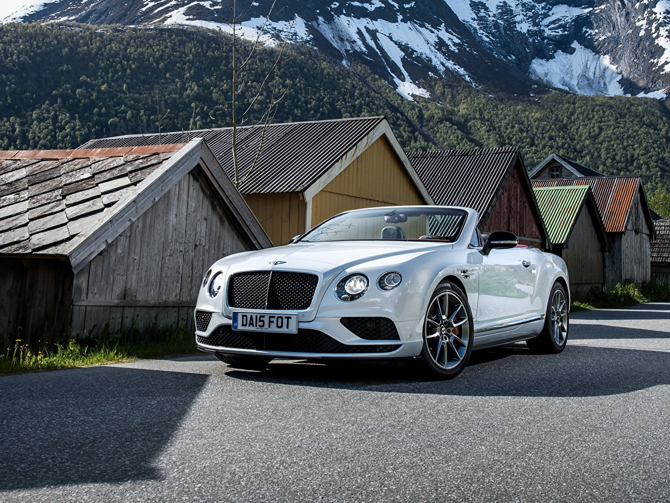 Images Bentley 2015 Continental GT V8 S Convertible Cabriolet White automobile Cars auto