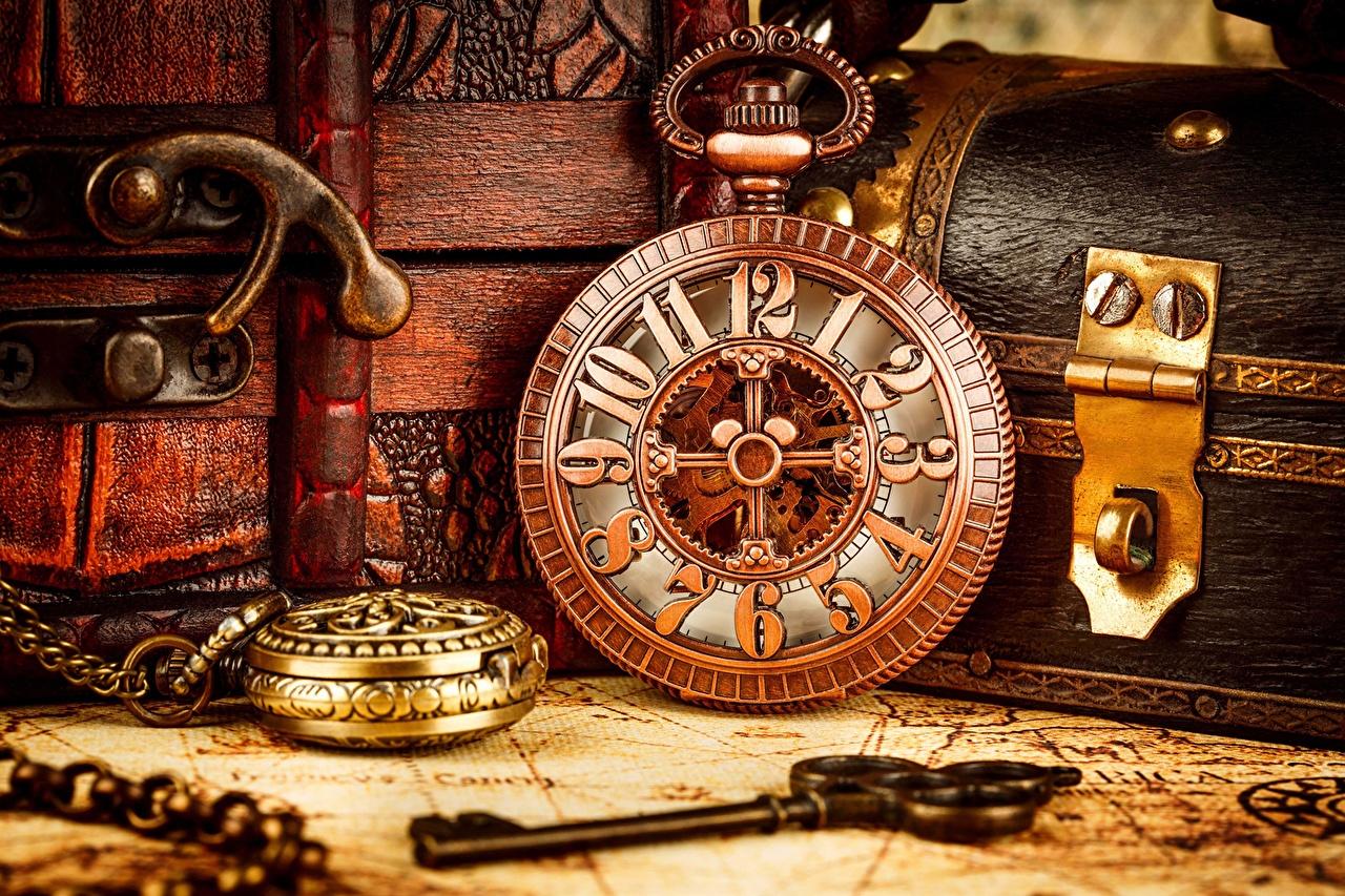 Photo Pocket watch Clock Retro Key lock Closeup vintage antique