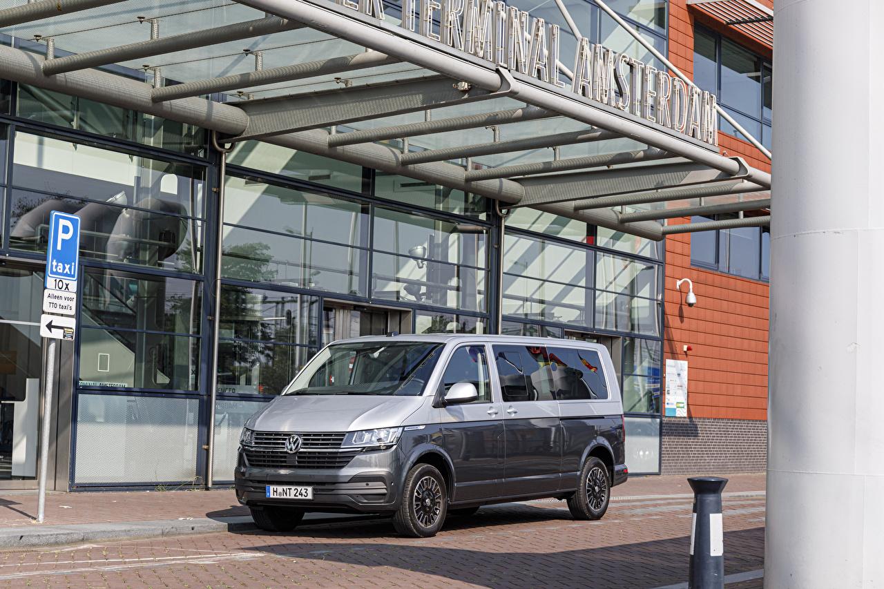 Volkswagen 2019-20 Caravelle LWB Worldwide Minivan Cinza Metálico carro, automóvel, automóveis Carros
