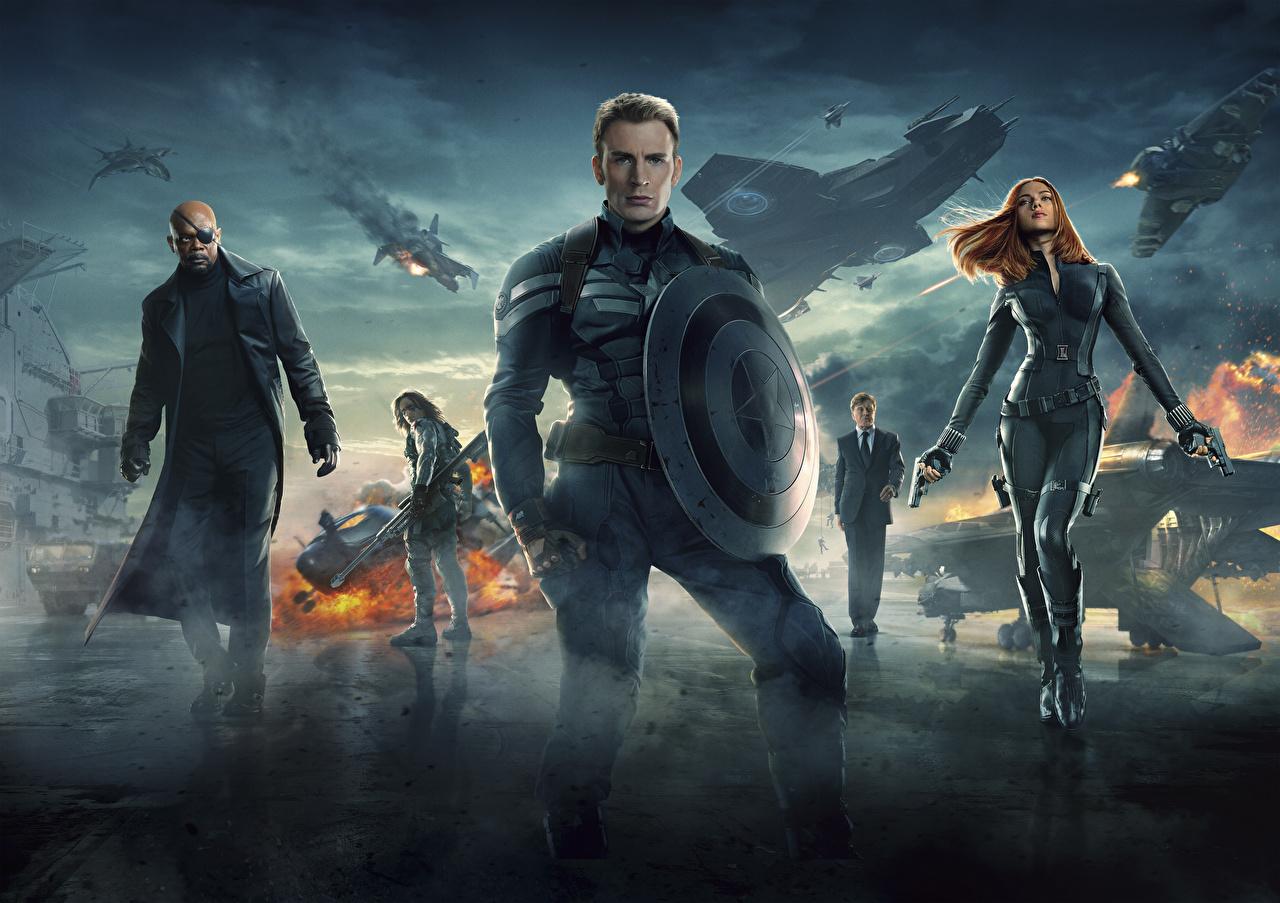 Bakgrunnsbilder til skrivebordet Captain America: The Winter Soldier Chris Evans Superhelter Skjold (beskyttelse) Captain America superhelt Steve Rogers Unge kvinner Film Kjendiser ung kvinne