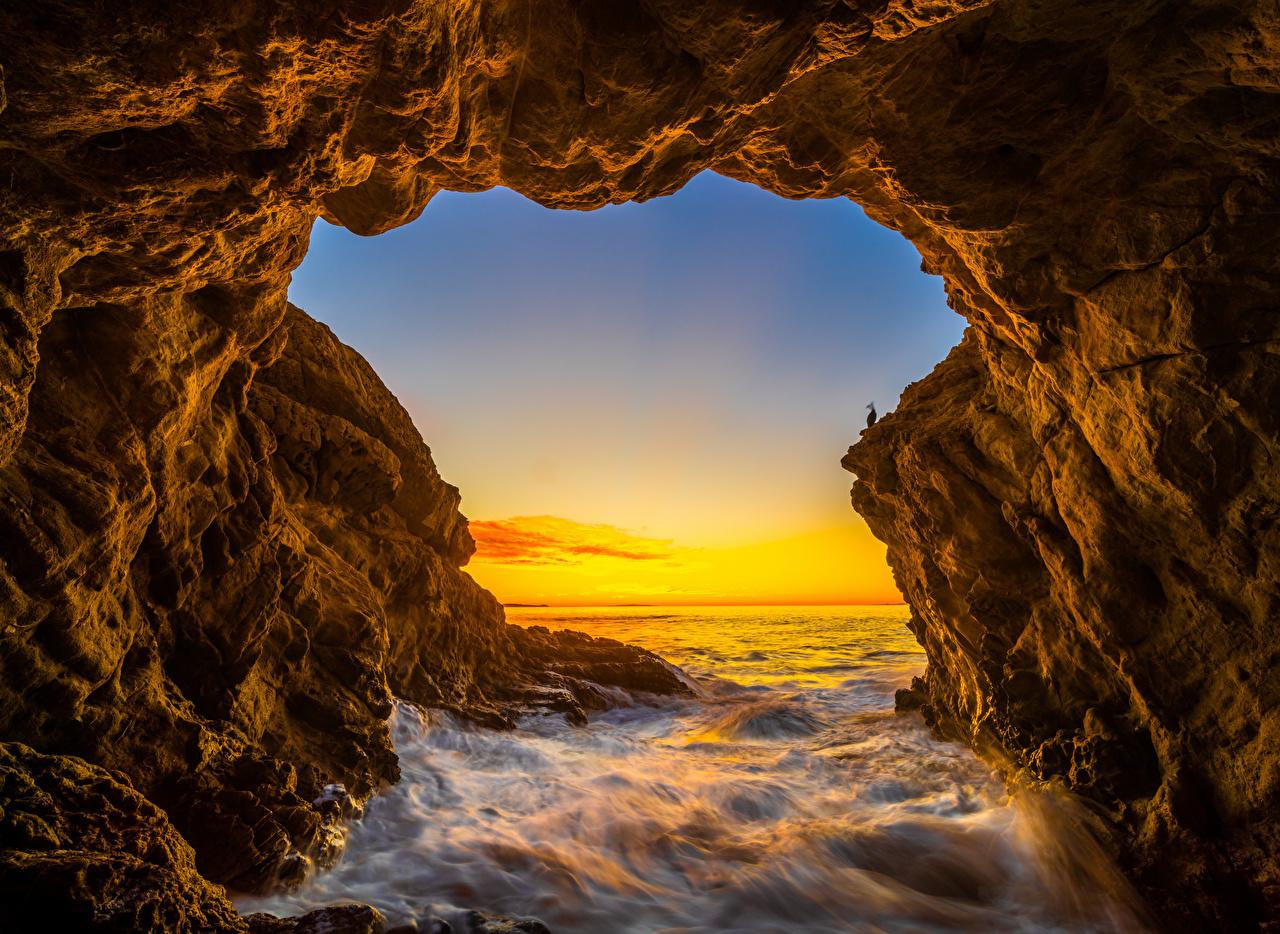 Photo California USA El Matador Beach Rock Ocean Nature Sunrises and sunsets Crag Cliff sunrise and sunset