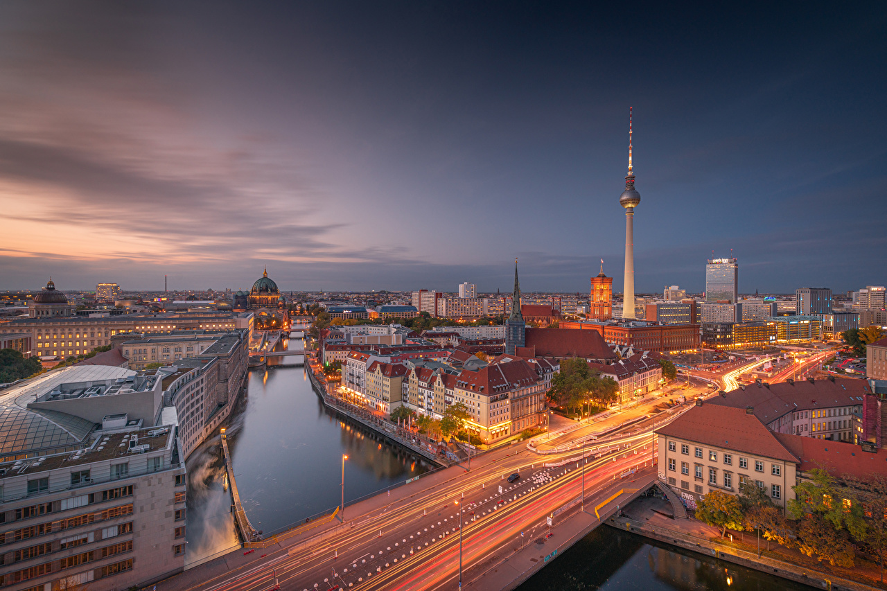 Pictures Berlin Germany towers Bridges river Evening Cities Building Tower bridge Rivers Houses