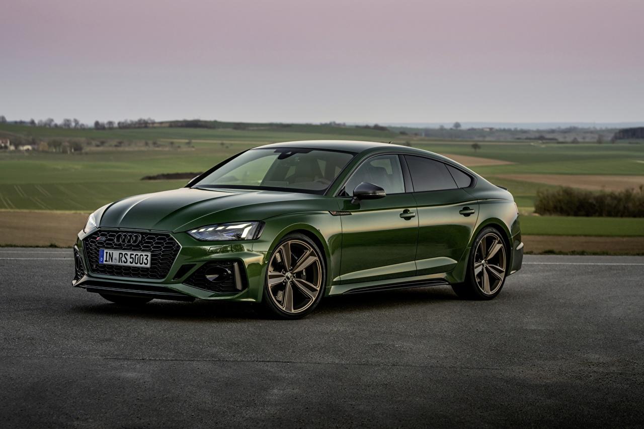 Fotos von Audi RS5 Sportback, 2020 Grün Autos Metallisch auto automobil