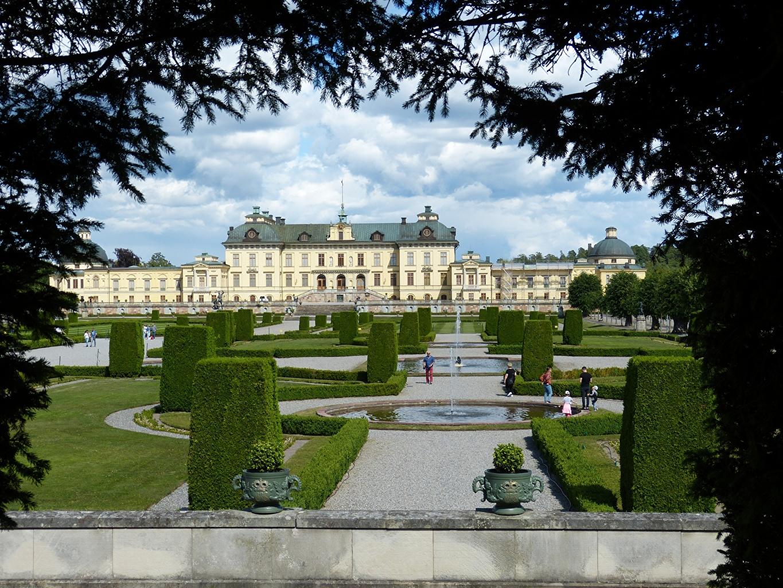 Picture Stockholm Palace Sweden Fountains Drottningholm park Branches Bush Cities Design Parks Shrubs