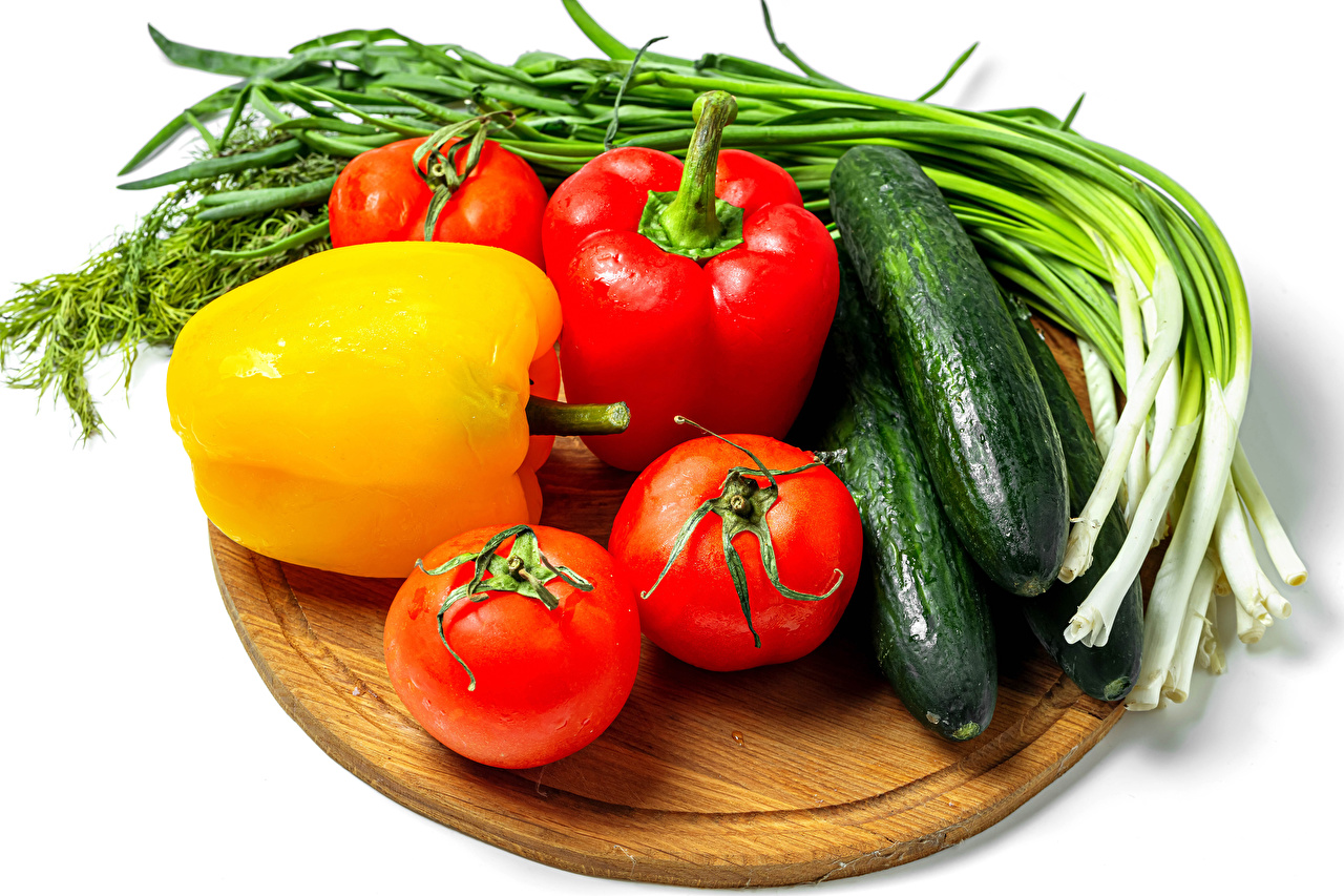 Image Scallion Tomatoes Cucumbers Food Vegetables Bell pepper Cutting board White background salad onions
