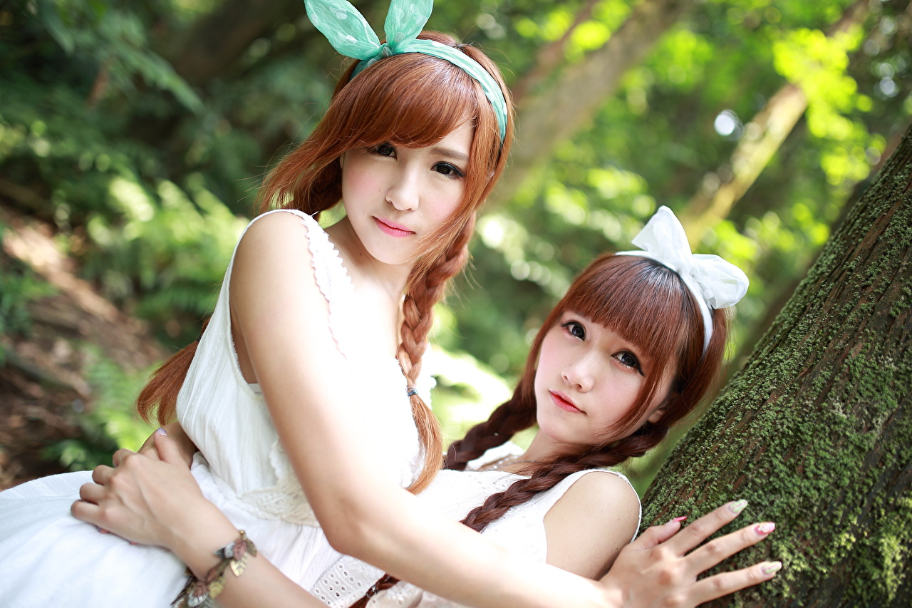 Picture Brown haired plait Cute Two female Asian Hands bow knot Glance Braid hair sweet lovely pretty 2 Girls young woman Asiatic Bowknot Staring