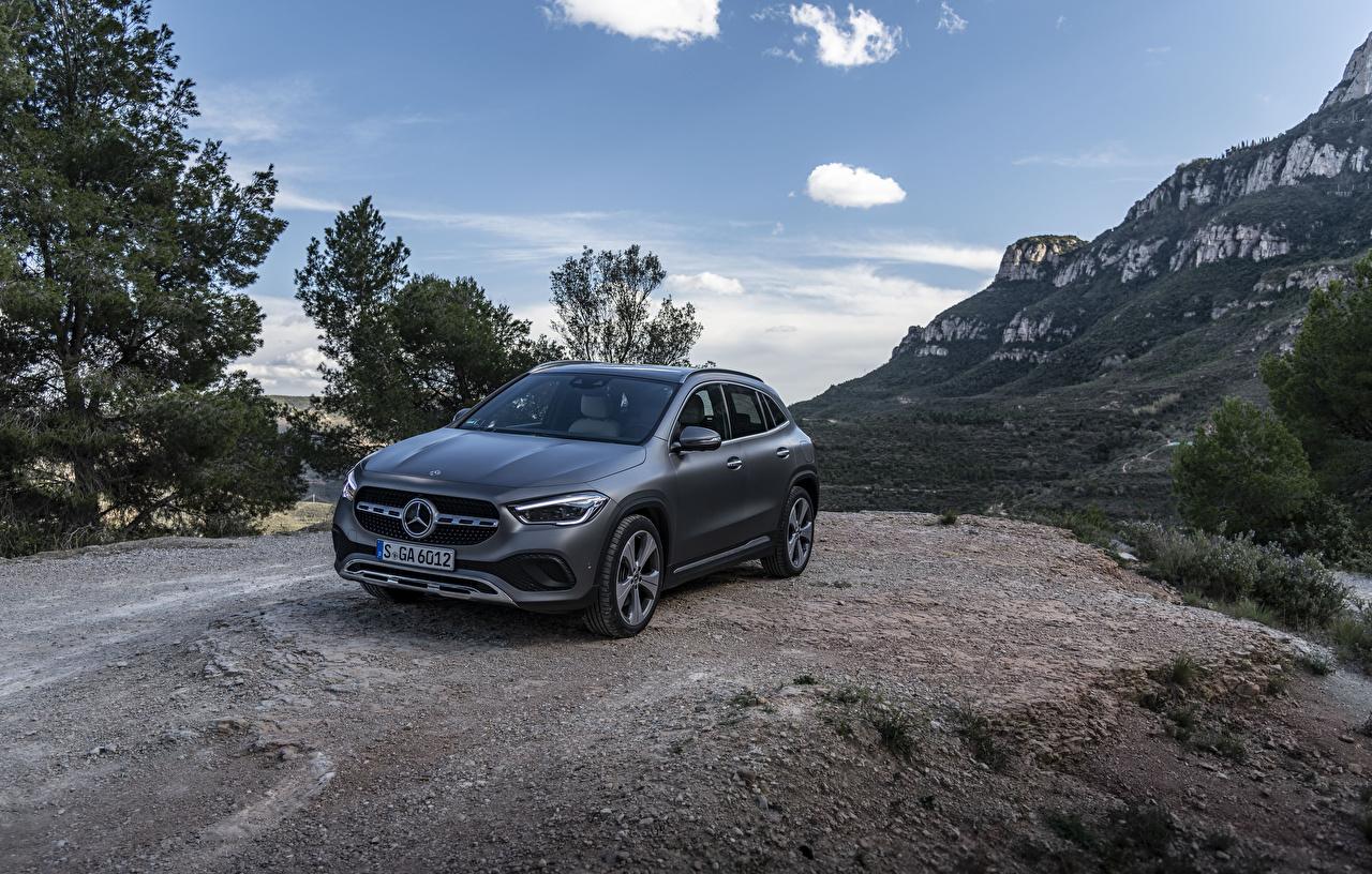 Mercedes-Benz 2020 GLA 220 d 4MATIC Progressive Line Worldwide Cinza carro, automóvel, automóveis Carros