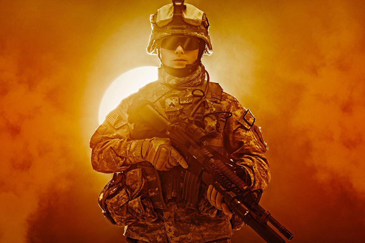 Militaires Fusil d'assaut Uniforme Lunettes Armée