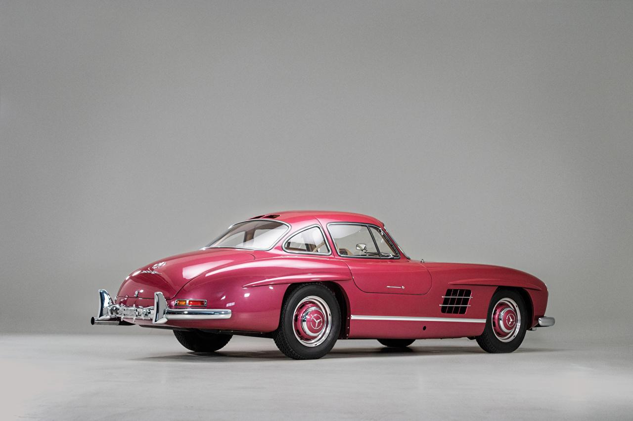 Mercedes-Benz_Retro_1956_300_SL_Gray_background_561284_1280x853.jpg