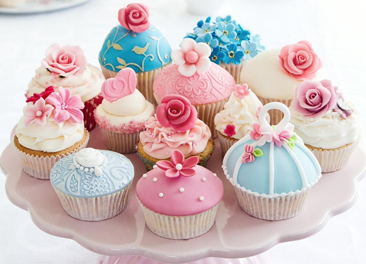 壁紙 菓子 小さなケーキ バラ カップケーキ デザイン 食品 ダウンロード 写真