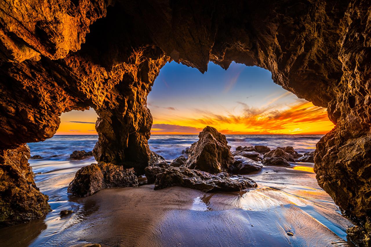 Photo California USA El Matador Beach Crag Ocean Nature Sunrises and sunsets Coast Rock Cliff sunrise and sunset