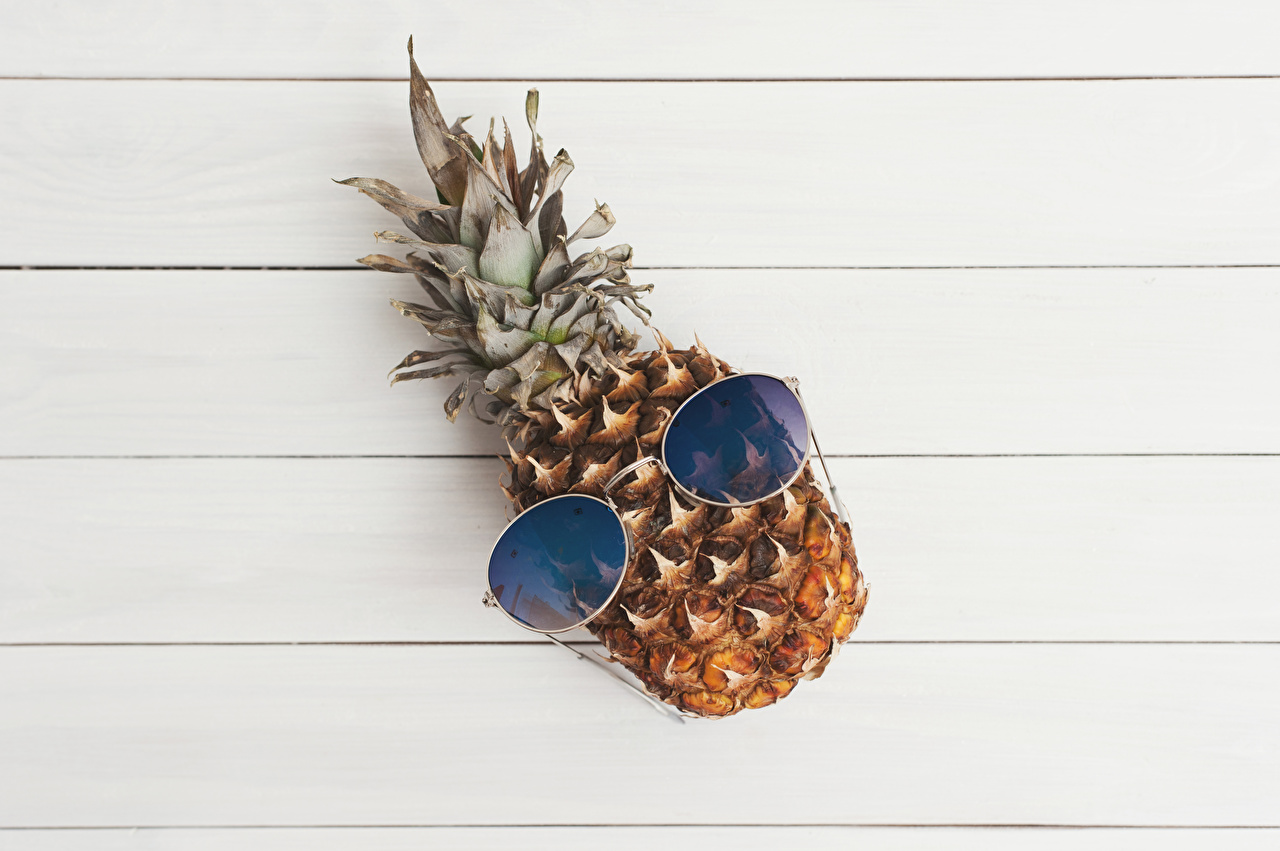 Pictures Pineapples Food Glasses Wood planks eyeglasses Boards