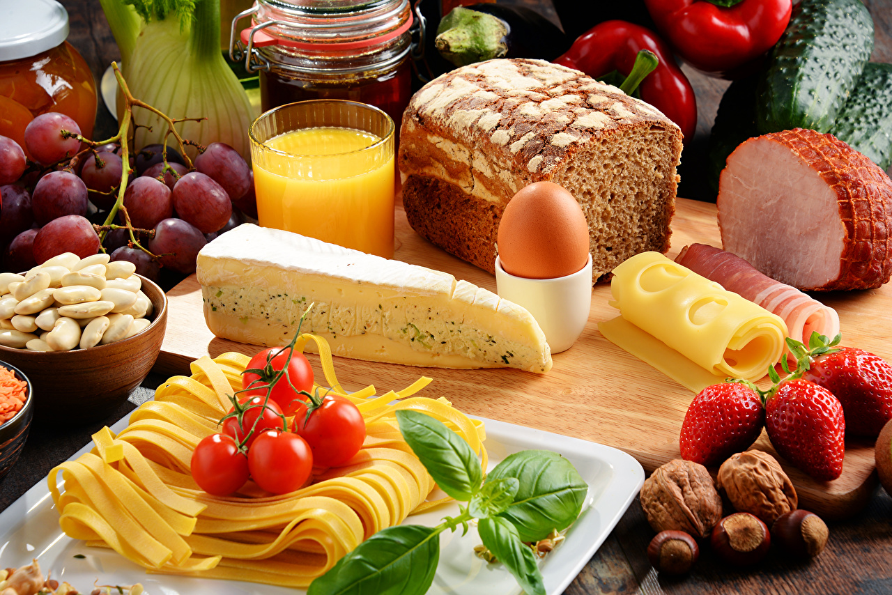 Wallpaper Eggs Juice Tomatoes Ham Bread Cheese Strawberry Food Nuts Still-life egg