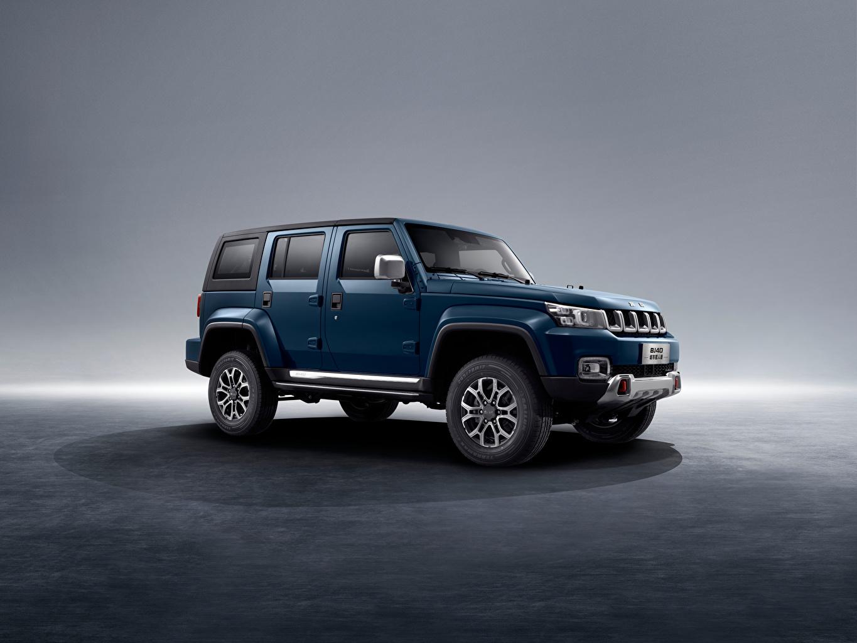 Фото машина Сбоку Синий Beijing BJ40C, 2020 BAIC Beijing Group SUV Китайские авто машины Автомобили автомобиль синяя синие синих китайская китайский Внедорожник