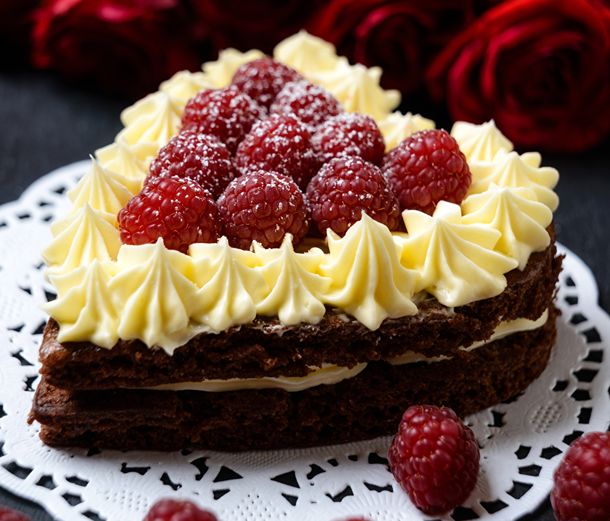 Photo Valentine's Day Heart Torte Raspberry Food confectionery Cakes Sweets